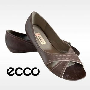 🆕 ECCO BROWN LEATHER OPEN TOE FLATS 38 US 7 - 7.5